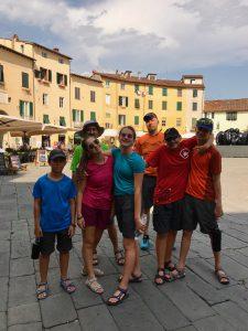 piazza dell'anfiteatro Lucca